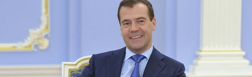 Медведев объяснил, почему Россия не готова к беспилотным машинам
