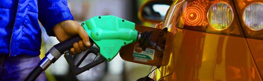 Власти нашли новый способ борьбы с некачественным топливом