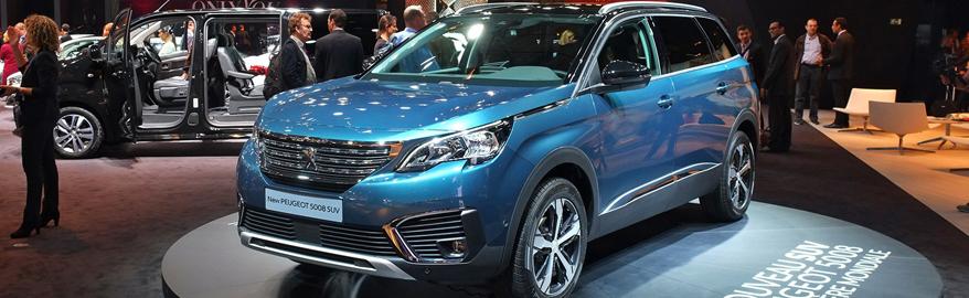 Peugeot 5008 сменил ориентацию