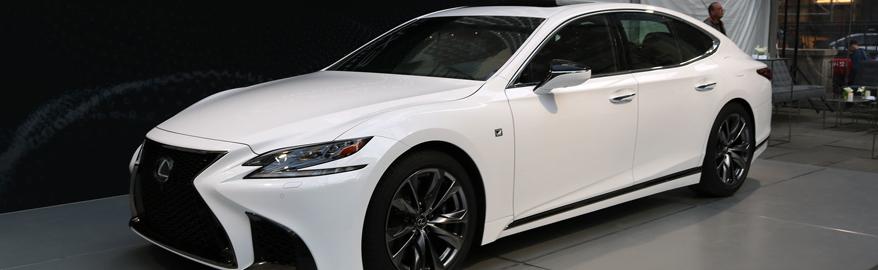 Lexus представил спортивную версию седана LS